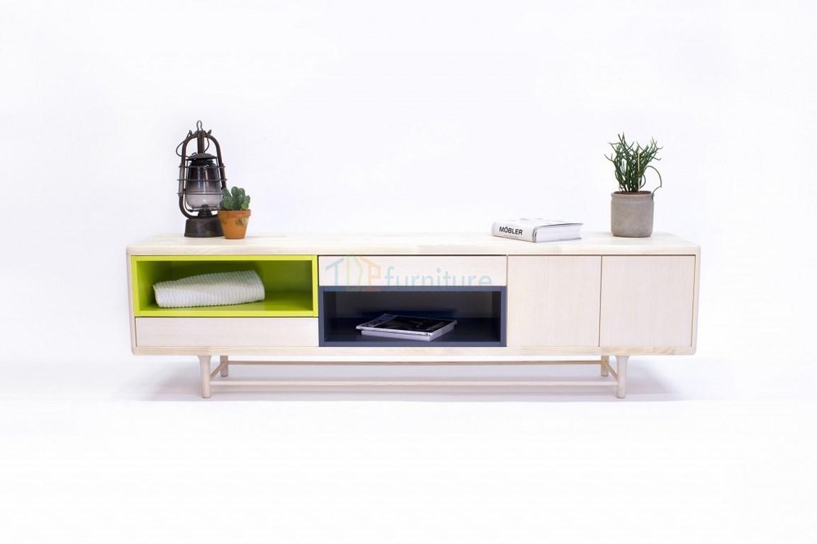 Kệ tivi gỗ tư nhiên cho phòng khách KT06